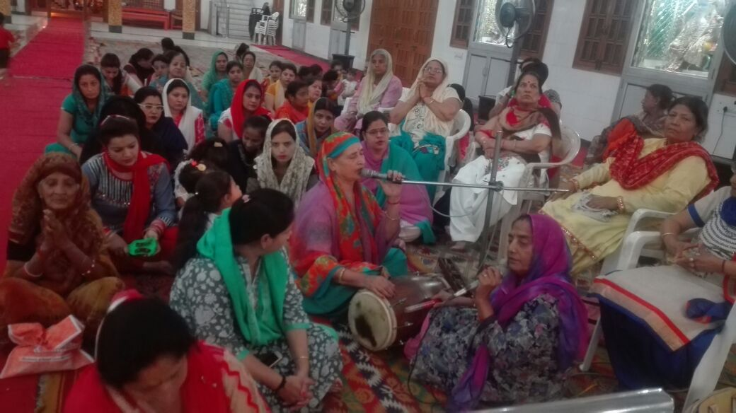 Shri Lal Dwara Mandir Yamunanagar mein मासिक दूज उत्सव का आयोजन