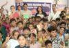 प्रतिभाशाली बच्चों को कार्यवाहक सिविल सर्जन डॉ. विजय दहिया द्वारा सम्मानित किया गया।