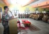 शिविर में केडेटों को संबोधित करते शौर्य चक्र विजेता कर्नल राज कुमार