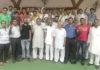 पंजाबी एकता मंच की नई कार्यकारिणी के सदस्य रादौर में खुशी मनाते हुए।