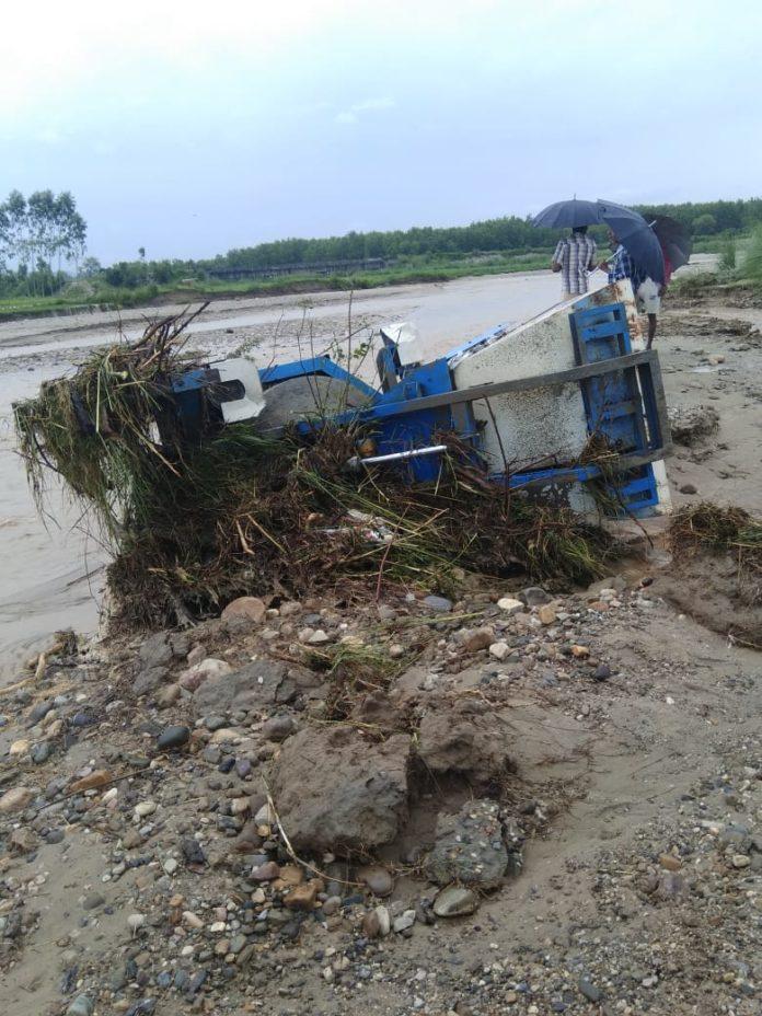 .शहजादवाला में पुल निर्माण की बही सामग्री