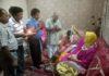 स्वामी दीनदयालु पांडे के शिष्यों ने गुरु पूजन कार्यक्रम में भाग लिया