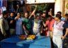 यमुनानगर के साढौरा में नगरपालिका गठन पर ख़ुशी मानते लोग
