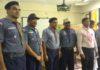 हिमालयन वुड बैज का प्रशिक्षण पूरा करके आए सुनील शर्मा व संजीव को सम्मानित करते डीओसी संदीप गुप्ता व तरसेम सिंह।