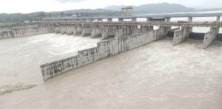 यमुना नदी का हथनीकुंड बैराज खिजराबाद जिला यमुनानागर से बाढ़ का ड्रोन व्यू Drone View of Hathnikund Bairaj, Khizrabad District Yamunanaga (Haryana)